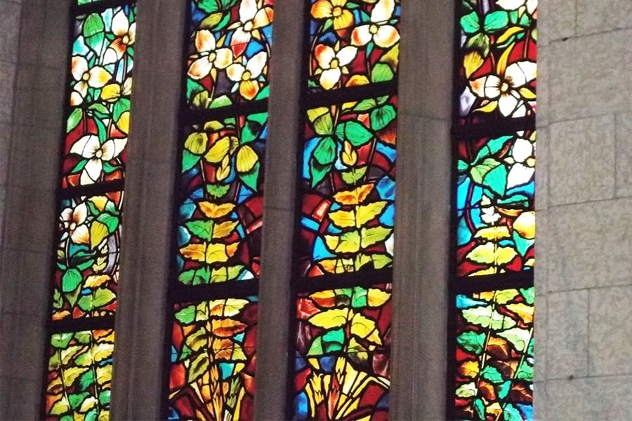 3 window stain glass restoration to windows House of Common chamber